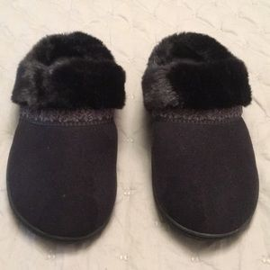 Isotoner Mule Slip On House Slippers Size 9.5-10